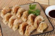 Gyoza: Traditionelle japanische Dumplings