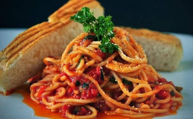 Pasta Spaghetti Bucatini all'amatriciana