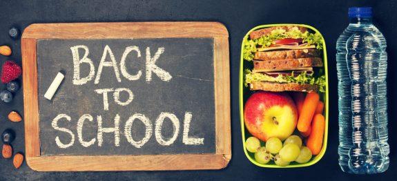 Gesunde und abwechslungsreiche Butterbrotdose für den Schultag mit reichlich Vitaminen und Ballaststoffen