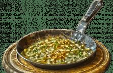 Spätzle mit Rahmpfifferlingen und überbackenem Käse