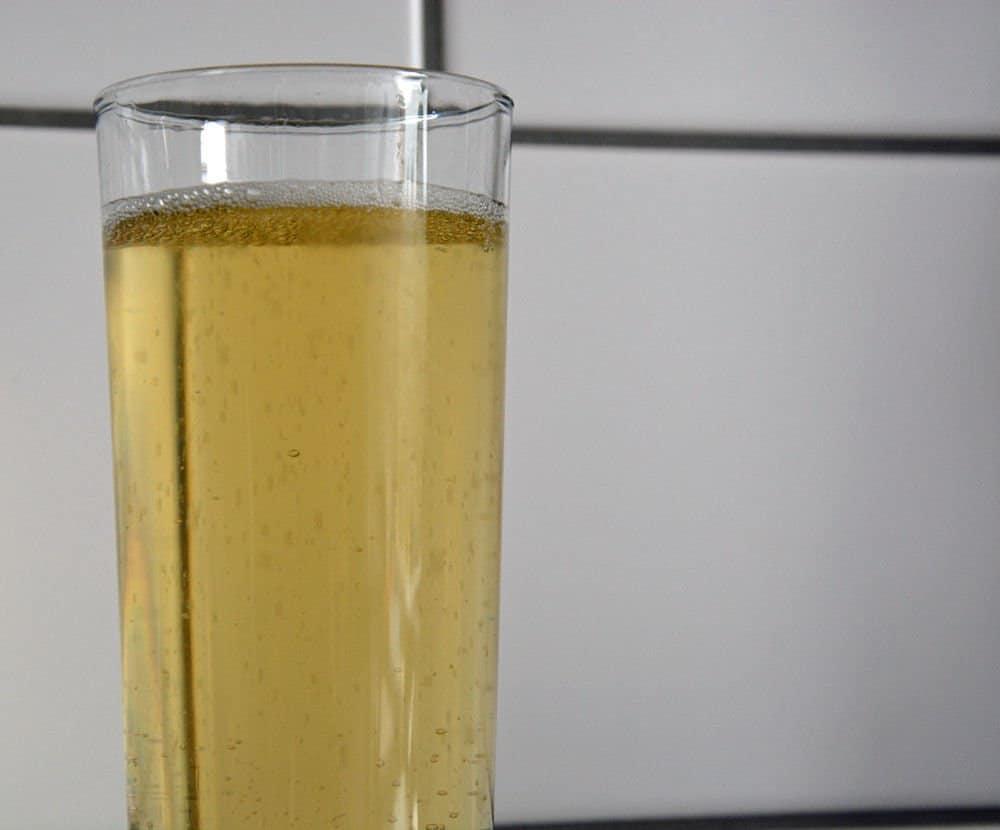 """Ein Glas """"Gaffel"""" Fassbrause"""