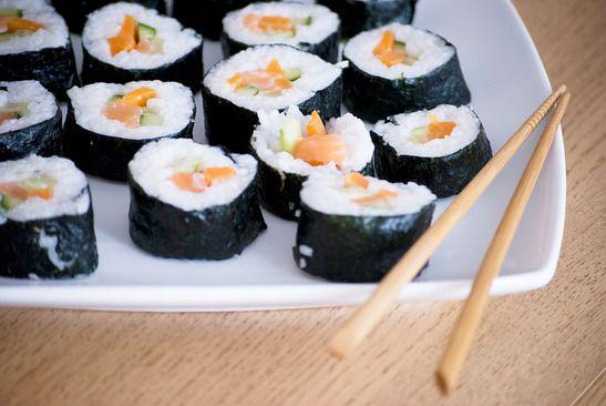Sushi klassisch mit Nori Algenblätter